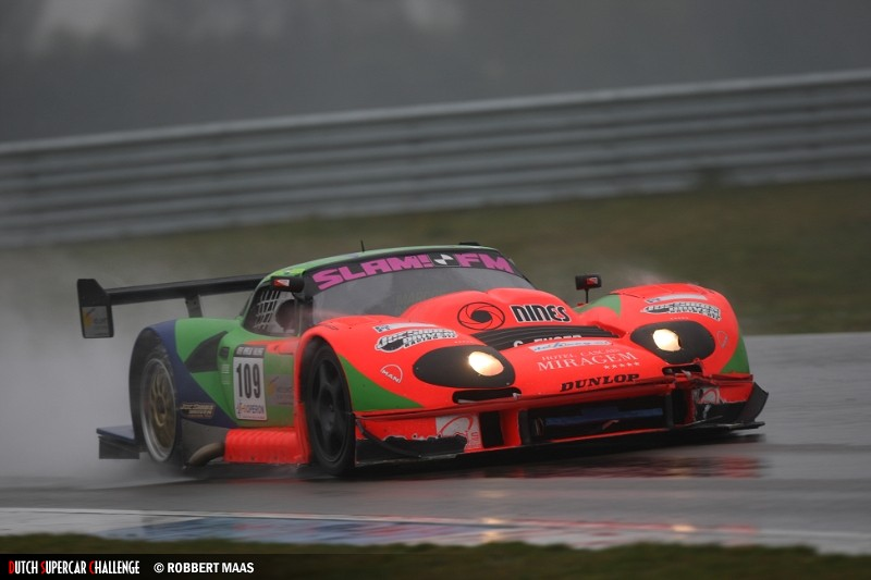 Euser took dominant win in the wet with the LM600