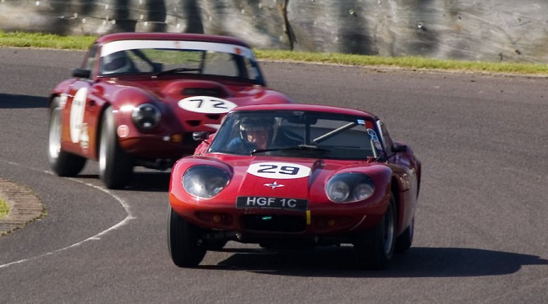 Marcos 1800 holds off TVR Tuscan at Castle Combe