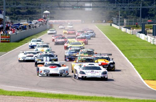 Marcos and Saleen battle for lead at Cheste